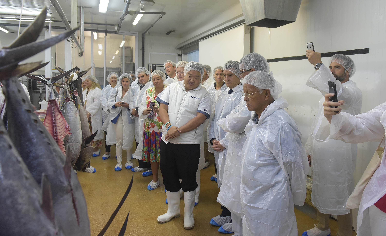 Gérald Darmanin a visité le Port de pêche de Papeete, lundi