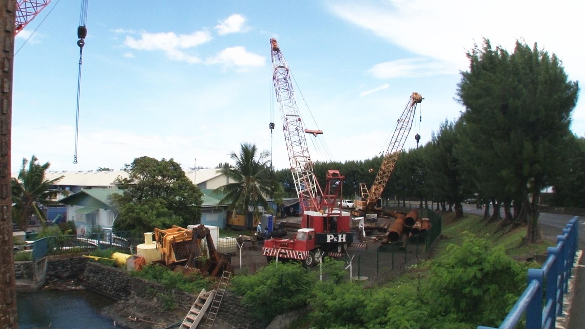 Les travaux de construction du deuxième pont de Motu Uta ont démarré